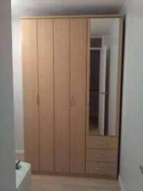 Bedroom wardrobe 3 door with mirror