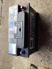 Car battery (100ah)