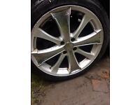 4+ alloy wheels....