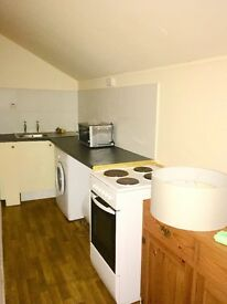Flat to rent in Stockport SK2, 1 Bedroom (CROSBY ST)