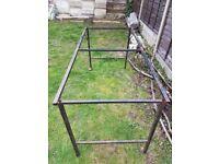 Greenhouse / garden potting frame- metal