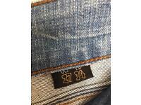 Woman jeans 27,28/34,32. 1£ each