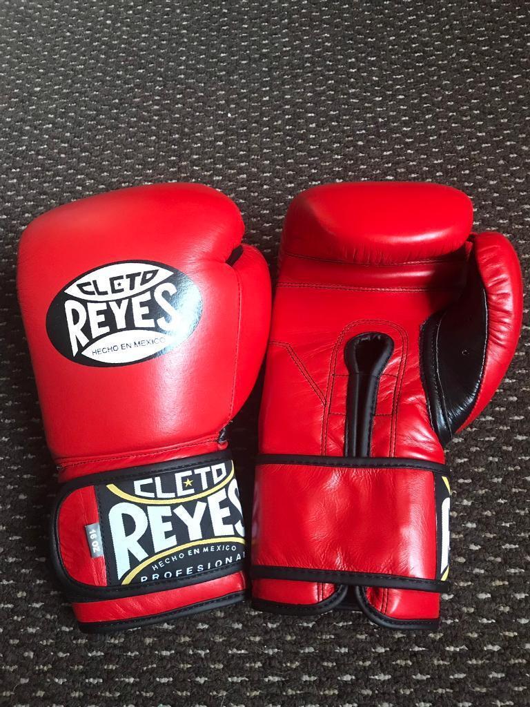 Reyes boxing gloves | in Worksop, Nottinghamshire | Gumtree