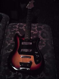 TEISCO KAY TULIP VINTAGE CIRCA 1970 ELECTRIC GUITAR