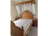 Antique Pine double tester bed