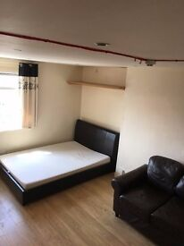 Newly refurbished Studio. All bills inc, Exc Electric. PRIVATE LANDLORD. NO AGENCY FEES
