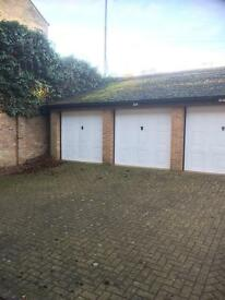 Garage in the town centre