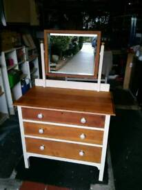 VINTAGE RETRO DRESDING TABLE/CHEST OF DRAWERS FULLY REFURBISHED CAN DELIVER