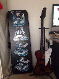 Epiphone Thunderbird Bass Guitar + Case