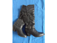 Ladies black knee high boots Size 7 Nearly new - Pokesdown BH5