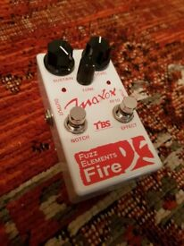 Maxon Fuzz Elements Fire - like Roland Bee Baa, even more fun than Big Muff or Fuzz Face!