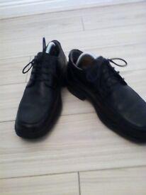 Men's Clark's shoes size nine black