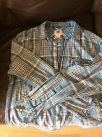 Men's Quiksilver shirt
