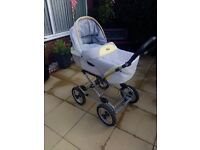 silver cross pram/pushchaire /car seat 3in1
