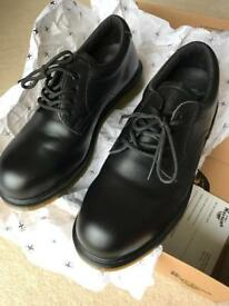 Dr Martins steel toe cap leather shoes size 7