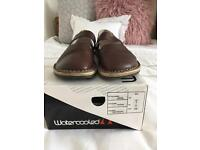 Watercooled Size 5 leather shoes