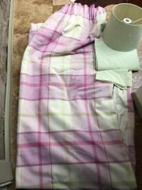 Laura Ashley - Fully lined Pink/Cream/Green Curtains and Lampshade/Contrast Gingham Single Duvet Set