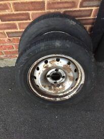 Citroen Berlingo 4 wheels and very good tyres 175/65R14 M+S