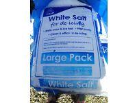 25 kg bags of gritting salt