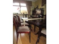 Mahogany table, 6 chairs and display cabinet