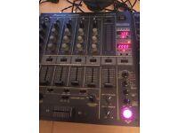 Pioneer cdj 1000 mk3 pair and DJM 600 mixer