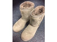 Genuine Used Grey Ugg Boots size 5