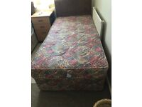 "2'6""x 6' divan bed with bedding bale..Good clean condition"