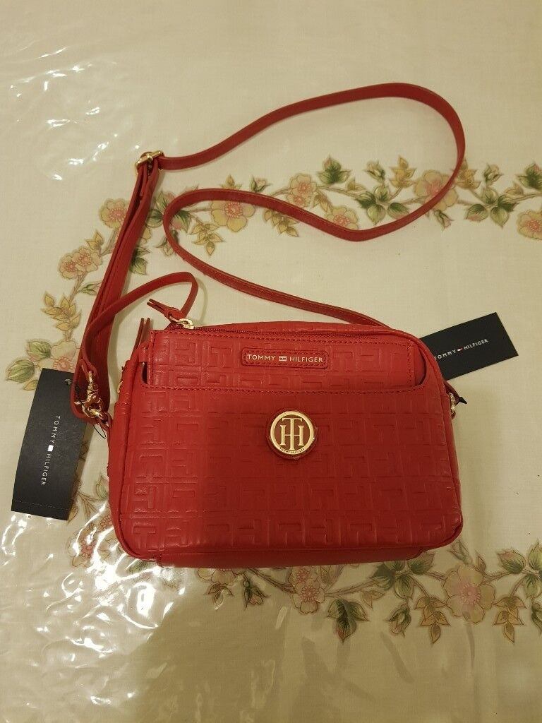 1e60d714783 Tommy Hilfiger Crossbody Bag 2 Piece With Pouch X Body TH Logo ...
