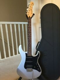 Silver and Black Yamaha Pacifica 112XJ + Stand