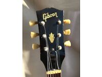 Vintage guitar-> GIBSON SG 1971 , genuine. with harp tremolo arm and original case.