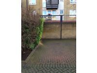 Secure, gated, off-street parking space in Canonbury, Islington