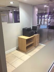 LARGE PRIVATE OFFICE SPACE WITHIN AN ESTATE AGENCY IN SEVEN KINGS. IDEAL FOR IFA , MORTGAGE ADVISER