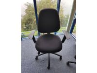 Quality office chairs x4