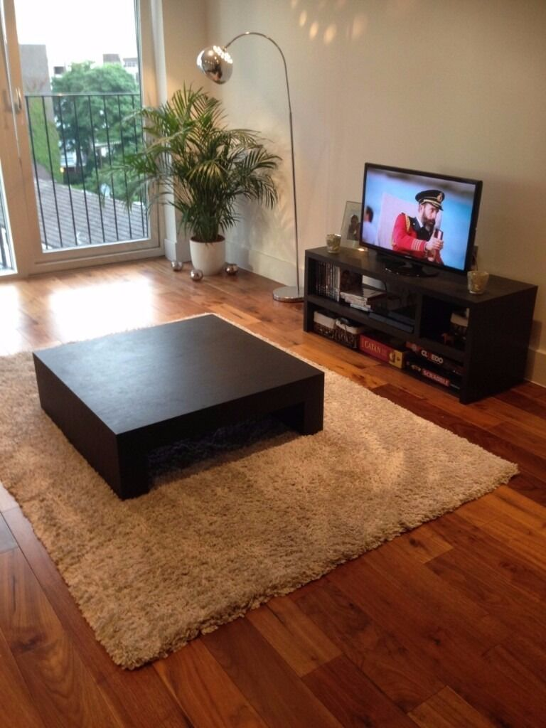 Combo Deal Rug Coffee Table Samsung Tv Tv Stand Bookcase