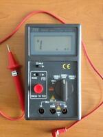 TES-1600 DIGITAL INSULATION TESTER