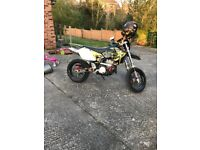 DRZ400 S Supermoto and endurance wheels