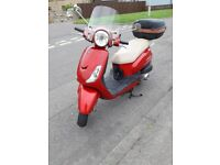 SYM Fiddle ii. 125cc. Excellent Condition, Only 2 lady owners from new.