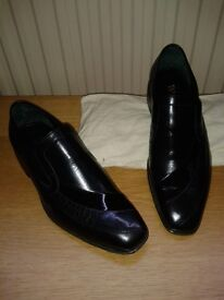 Men's Black Dress Shoes handmade by Barkers