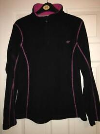 Woman jumpers size S/M