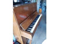 Second hand piano