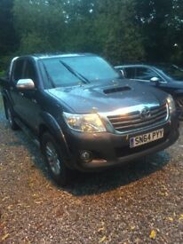 Toyota Hilux Invincible 3.0, *NO VAT* Full MOT Roll'n'lock Off road tyres