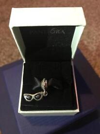 Pandora Charm - spectacles