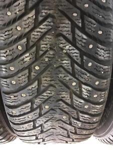 4 pneus 215/60r16 nokian a clou