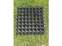 Interlocking grass blocks