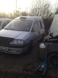 Peugeot expert 1.9 diesel 55plate breaking for spares