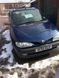 Renault MEGANE SCENIC FOR SALE £450 OR VERY NEAR OFFER