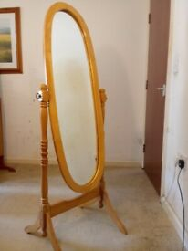 Solid Pine Free-Standing Tilting Full Length Dress Mirror And Stand C080020