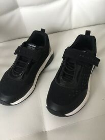 Size 10 girls geox trainers- brand new