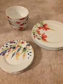 Dishes and bowls floral