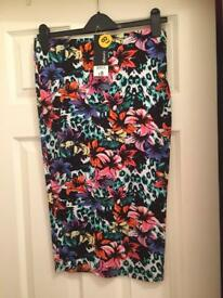 Pencil skirt brand new £5